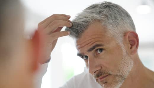 白髪だとハゲないなんて嘘!噂が広まる2つの理由と同時進行予防策