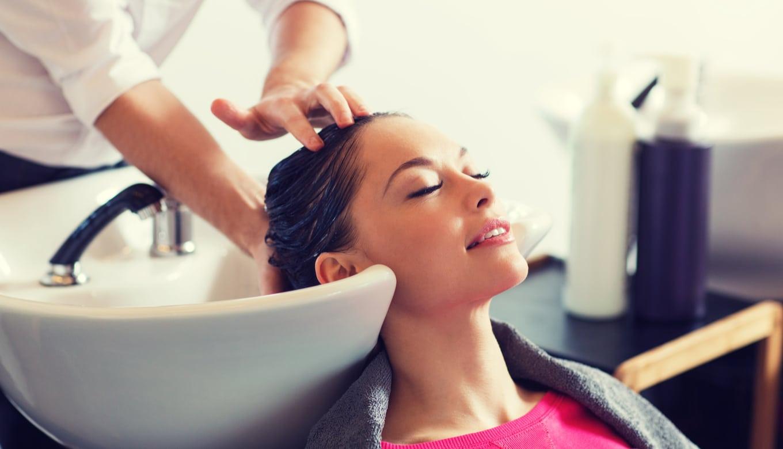 髪の毛を早く伸ばすヘアサロン