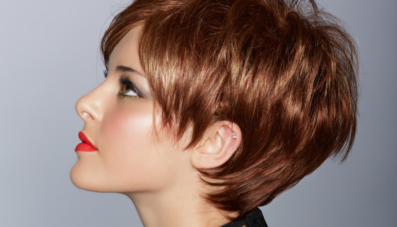 髪薄くなってきた20代女性