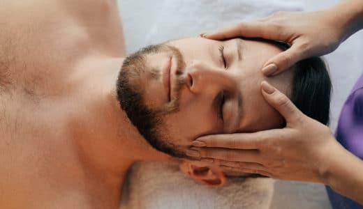 頭皮マッサージははげに効果あり!理由や方法を解説