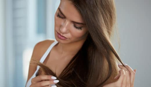 切れ毛の原因は7つの悪習慣にあった!今すぐやめたいこと&対処法